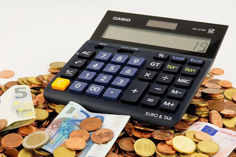 Calculatrice, pièces et billets